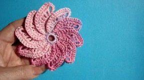 Урок 25 Большой спиральный цветок