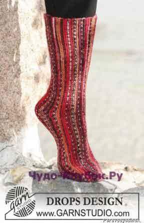 17 Носки, связанные чулочной вязкой