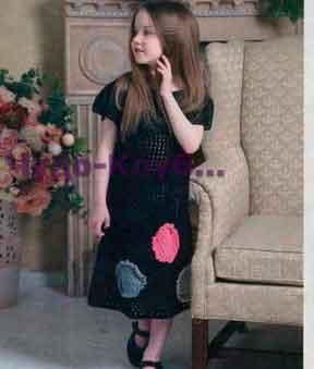 Черное платье с аппликацией 25