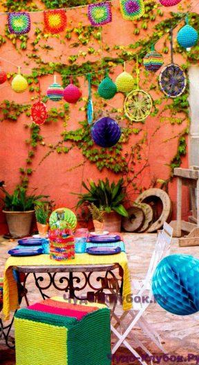 """36 Украшения для вечеринки: гирлянды из шаров и квадратов, """"ловец снов"""", пуфик"""