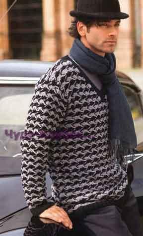 Двухцветный пуловер с узором из снятых петель 225