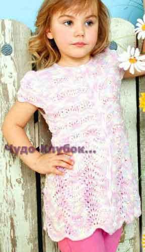 фото Ажурное платье-халатик вязаное спицами 35