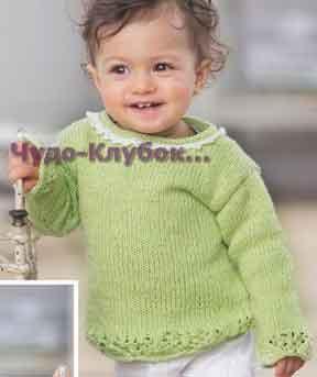 фото Бледно-зеленый пуловер с ажурной каймой на вырезе горловины вязаный спицами и крючком 74