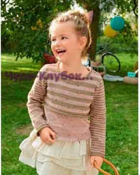 фото Короткий пуловер в полоску вязаный спицами 65