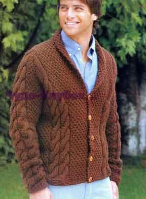 фото Мужской коричневый кардиган с косами вязаный спицами 292