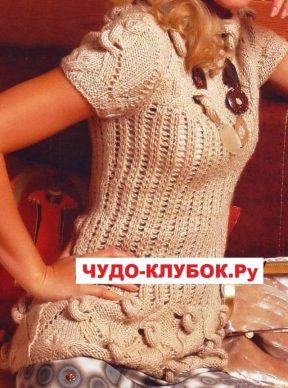 pulover s uzelkami vyazanyj spiczami 14