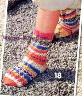фото Ажурные носки вязаные спицами 12