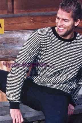 фото Мужской свитер вязаный спицами 315