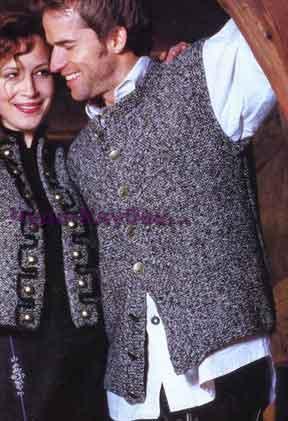 фото Мужской жакет без рукавов с симметричными жгутообразными полосами вязаный спицами 306