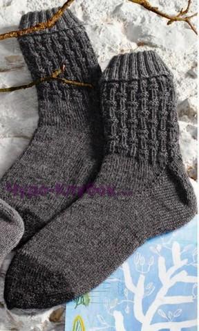 фото Мужские носки вязаные спицами 62