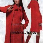 Alyie palto i plate vyazanyie spitsami i kryuchkom 15
