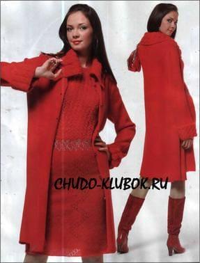 фото Алые пальто и платье вязаные спицами и крючком 15