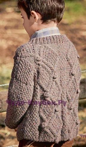 фото Жакет с ромбами и накладным карманом из ткани вязаный спицами 72