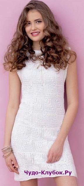 фото Белое платье с узором из квадратов вязаное крючком 783