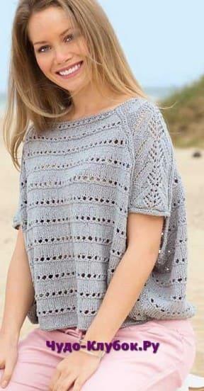 фото Свободный пуловер серого цвета вязаный спицами 1800