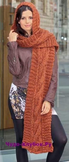 фото Теплый комплект из шарфа и капюшона вязаный спицами 126