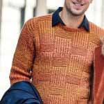 Muzhskoy pulover terrakotovogo tsveta vyazanyiy spitsami 363