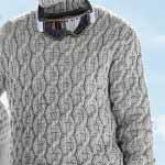 Muzhskoy sviter s vorotnikom golf vyazanyiy spitsami 371