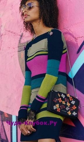 схема Платье из разноцветных полос вязаное спицами 810
