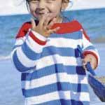 Raskleshennyiy pulover v morskom stile vyazanyiy spitsami