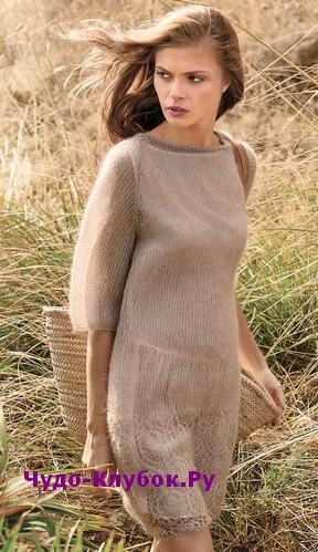 схема Платье из тончайшей пряжи с ажурной каймой вязаное спицами 828