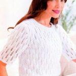 схема Белоснежный пуловер с короткими рукавами вязаный спицами 881