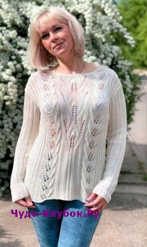 схема Пуловер цвета экрю вязаный спицами и крючком 1904